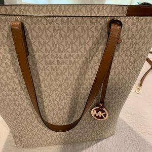 Michael Kors Hayley Tote Bag with Shoulder Strap